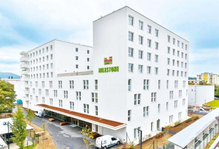 Das Milestone In Graz Neu Im Portfolio Des Urban Living Nr 1 Kombiniert Vollmoblierte Studentenwohnungen Mit Der Community Eines Internationalen